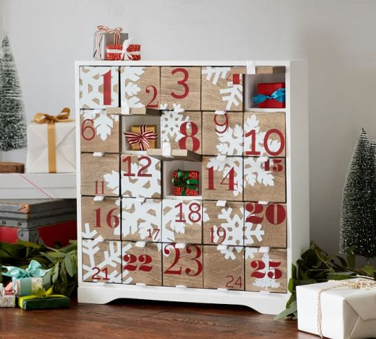 snowflake-wood-advent-calendar-o